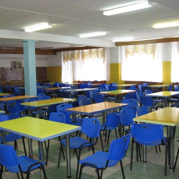 столовая в детском лагере Полочанка