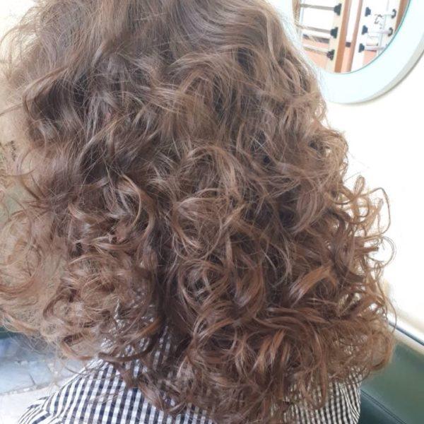 Химическая завивка волос в Минске