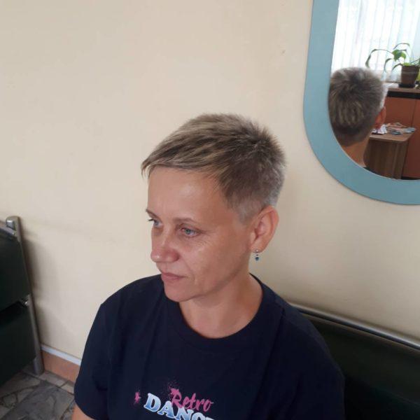 Женская стрижка на короткий волос