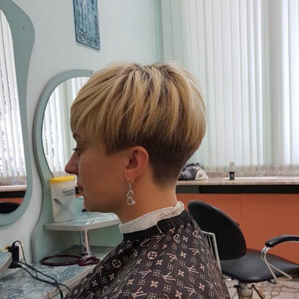 Стрижка для женщины на короткий волос в Минске