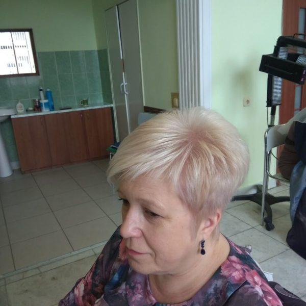 Женская короткая стрижка в городе Минске