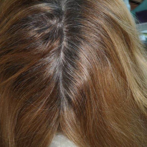 неокрашенные корни волос