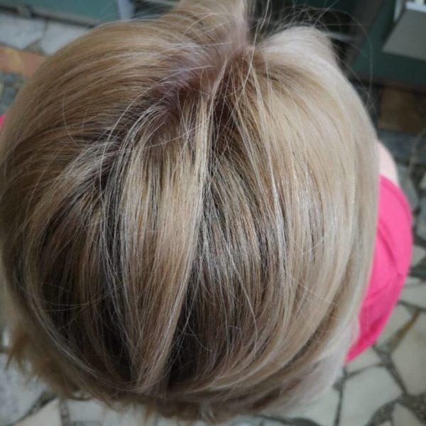 окрашенные корни волос